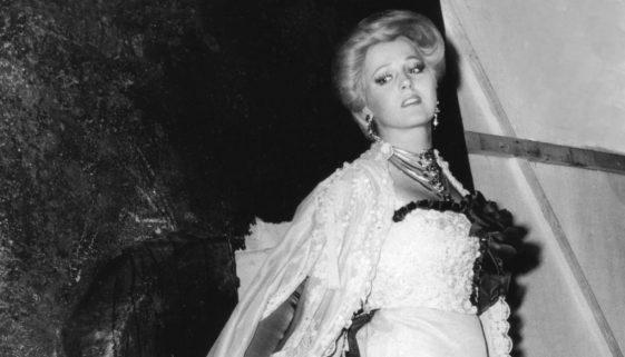 1979-Arena-La-traviata-Katia-Ricciarelli-Photo-Bisazza-Fondazione-Arena